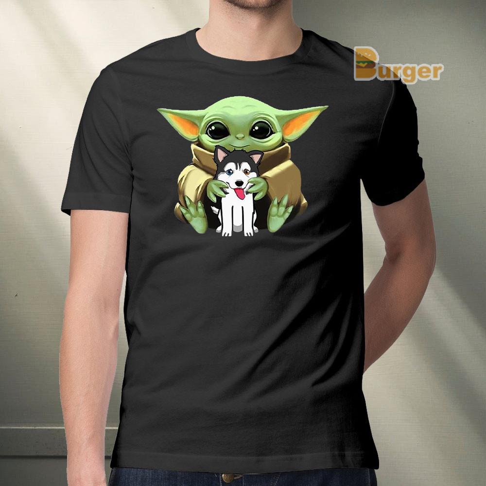 Baby Yoda hug Husky Tee Shirt